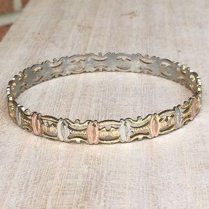 Vintage Jewelry - Vintage triple tone diamond cut bangle